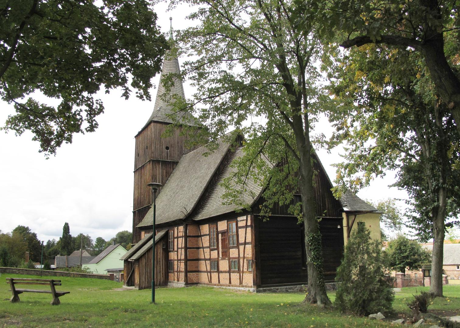 Kościół w Klępsku [3425x2446]