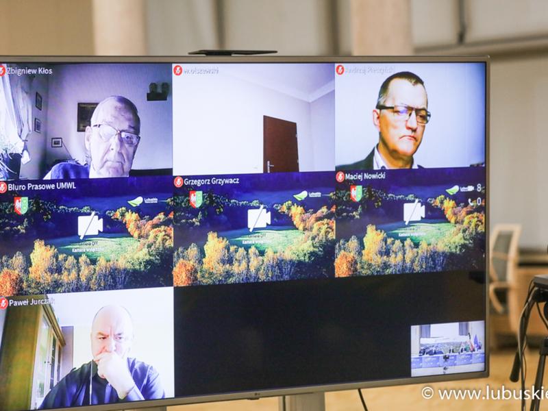 Spotkanie w sprawie koncepcji budynku Parku Technologii Kosmicznych