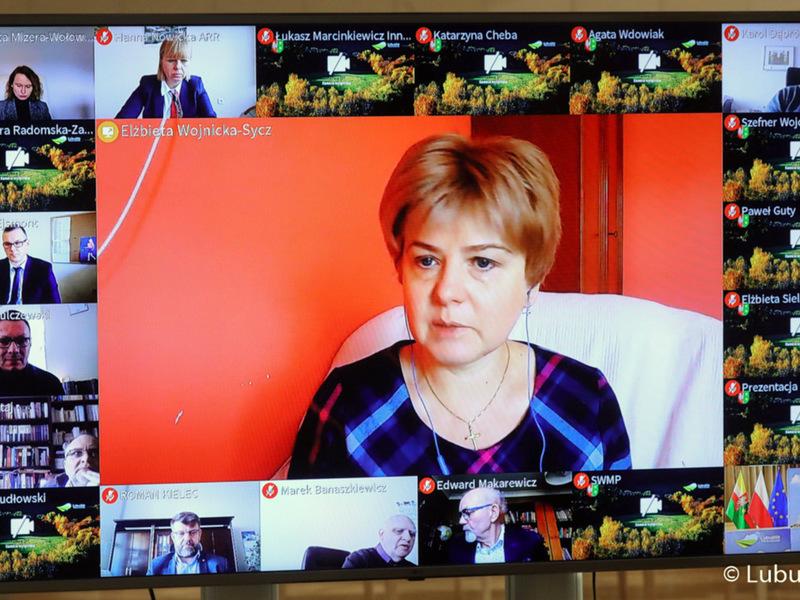 Inauguracja Lubuskiego Forum Innowacji. Na zdjęciu Elżbieta Wojnicka-Sycz,