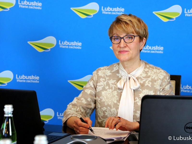 Sesja Sejmiku Województwa Lubuskiego. Na zdjęciu marszałek Elżbieta Anna Polak.
