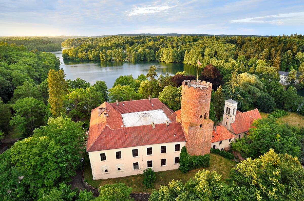 Zamek Joannitów w Łagowie z lotu ptaka