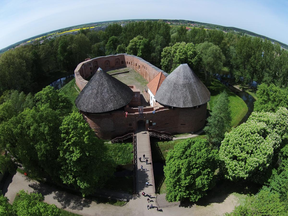 Zamek w Międzyrzeczu z lotu ptaka