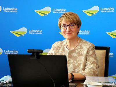 Marszałek Województwa Lubuskiego Elżbieta Anna Polak podczas posiedzenia Zarządu ZWRP