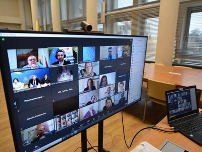 """Seminarium online """"Jak realizować projekty Interreg? Dobre praktyki i wymiana doświadczeń beneficjentów"""""""