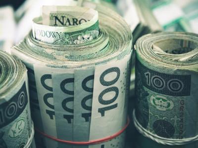 Plik banknotów 100 zł