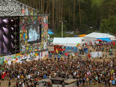 Zdjęcie Pol'and'Rock Festival w Kostrzynie nad Odrą z 2019 r.