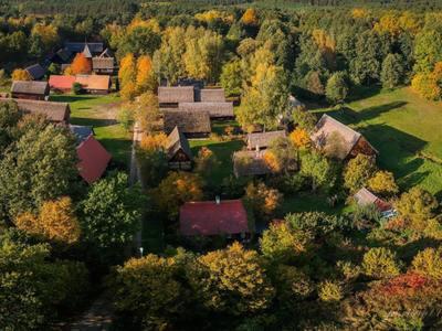 Skansen w Zielonej Górze - Ochli - widok z lotu ptaka. fot. Muzeum Etnograficzne w Zielonej Górze - Ochli